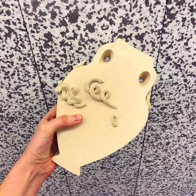 🕊 A long lost child has been miraculously found 📦 The Art Object 12/40 〰️ fully functional stoneware vessel 〰️ £50.38 〰️ potential adoptive families slide into our DMs 🏺  #artobject #vase #stoneware #ceramics #museum #museumobject #art #vessel #shopping #product #showroom