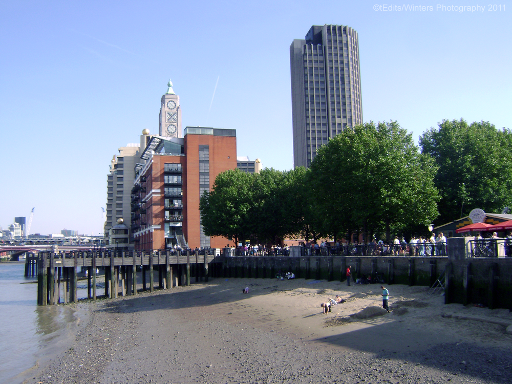 londons-southbank.png
