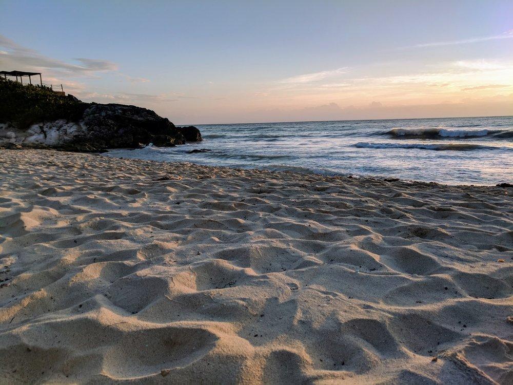tulum ocean beach pollima.jpg