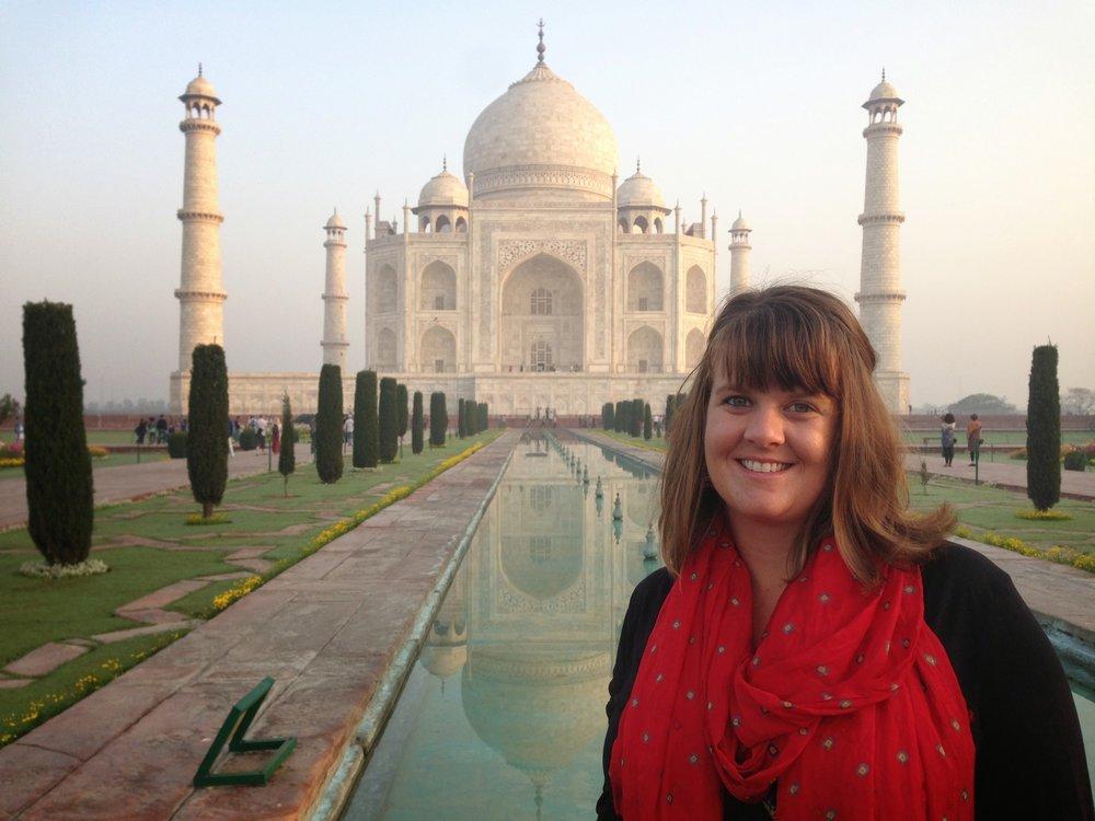 Maggie Sullivan outside the Taj Mahal
