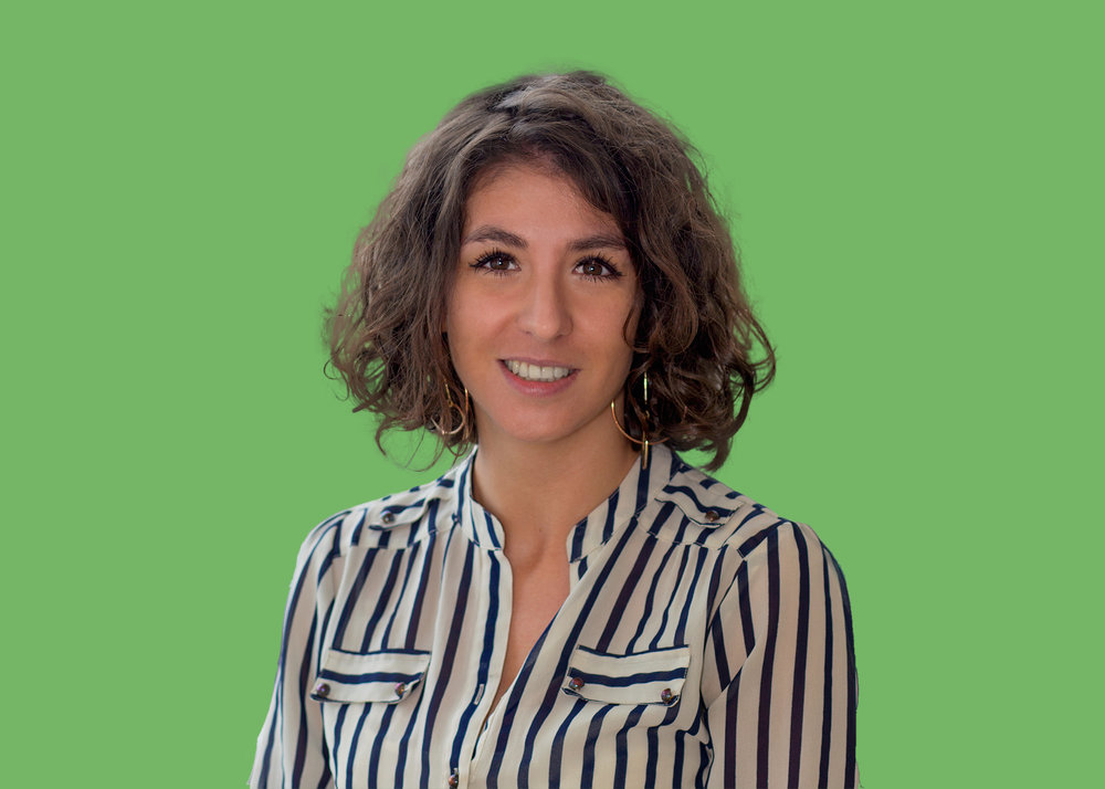 Marketing exec Natalie is an organised fun enthusiast and finds any excuse to arrange a get-together with colleagues, friends or family. She has a keen interest in global affairs, ballet and prison documentaries, and enjoys reading the Sunday papers.