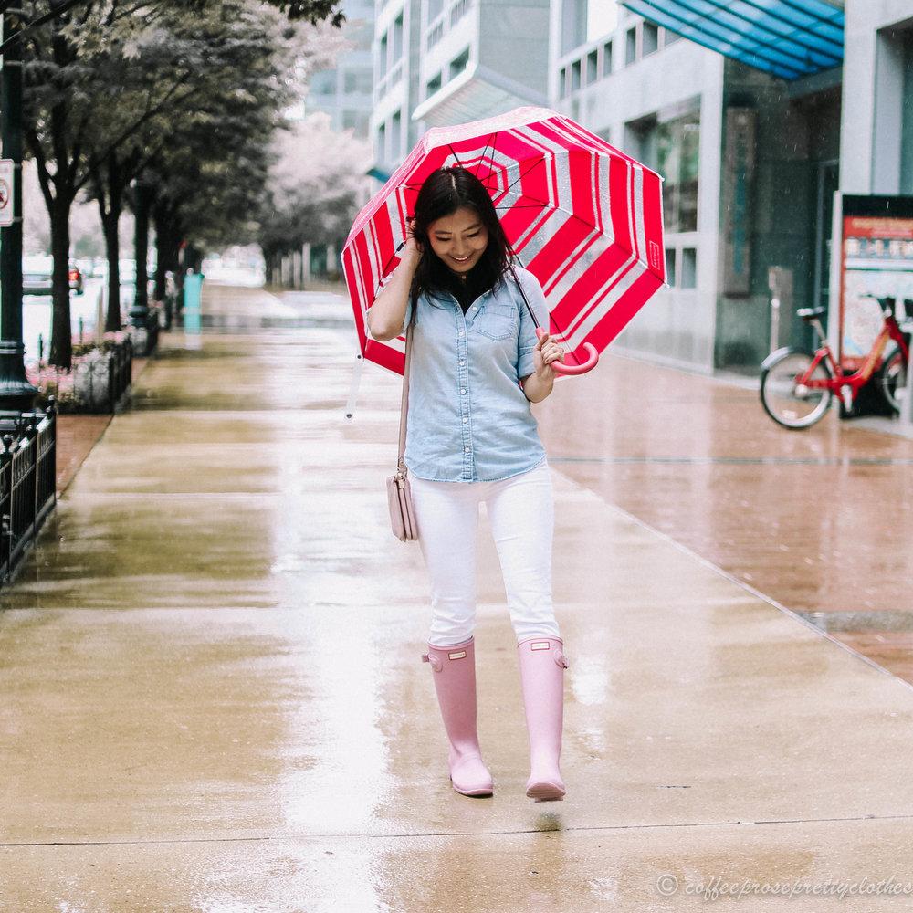 Chambray shirt, White Jeans, Hunter Boots, and Hunter Bubble Umbrella