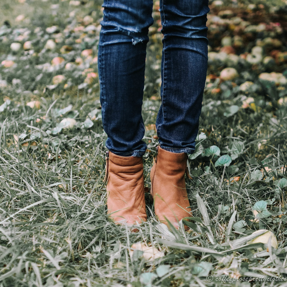BP Twisted front tee, Blondo Nova booties, Madewell Transport Leather rucksack