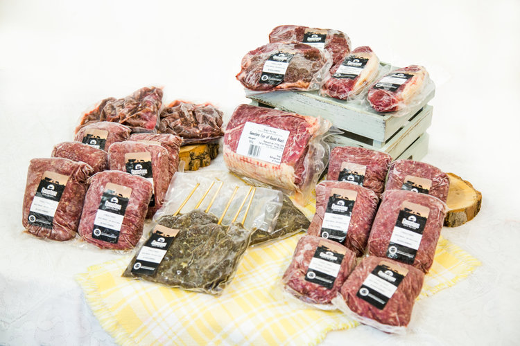 One Month Supply Box - 22 lbs (10 kg) of premium, dry-aged 21 days, Alberta grass fed, grass finished beef raised on our 4th generational family farm and ranch.For $175, you'll receive:· 1 Round Roast· 4 Top Sirloin Steaks· 12 x 1 lb/pkg Ground Beef· 2 x 1 lb/pkg Gemstone Marinated BBQ Skewers· 2 Striploin Steaks· 2 x 1 lb/pkg Beef Stir Fry