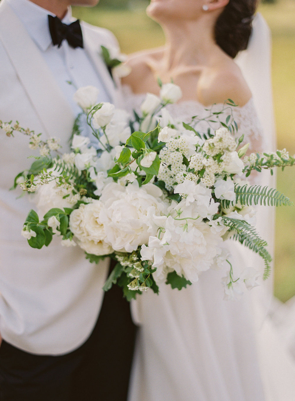 rosehip_flora_marissa_wedding_brett_heidebrecht_photography_lady_bird_wildflower_center_13.jpg
