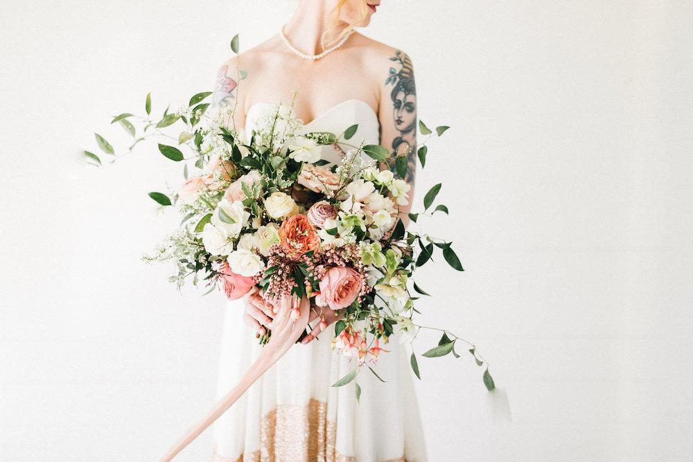 rosehip_flora_bethany_wedding_featherandtwinephotography_prospect_house_10.jpg