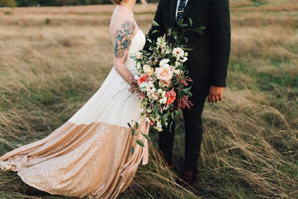 rosehip_flora_bethany_wedding_featherandtwinephotography_prospect_house_4.jpg