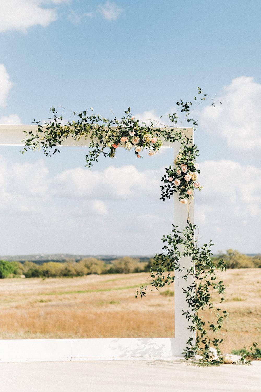 rosehip_flora_bethany_wedding_featherandtwinephotography_prospect_house_1.jpg