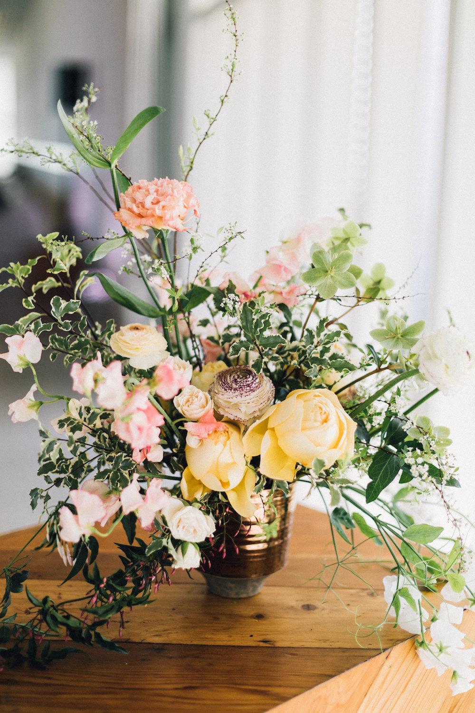 rosehip_flora_bethany_wedding_featherandtwinephotography_prospect_house_8.jpg