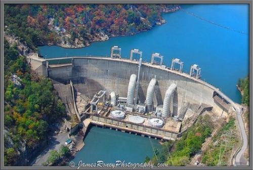 https://en.wikipedia.org/wiki/Smith_Mountain_Dam