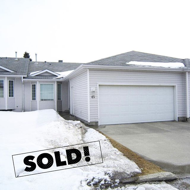 This cozy condo is now SOLD! Congratulations to both the seller and buyer 🥂 ⠀  Sold by Albert Kozel of Core Real Estate Group
