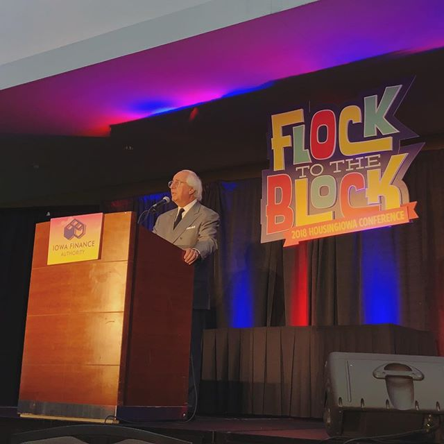 Had a great lunch at the @iowafinance HousingIowa Conference listening to Frank Abagnale share his story (told in Catch Me If You Can), as well as cyber security insights. #flocktheblockIA