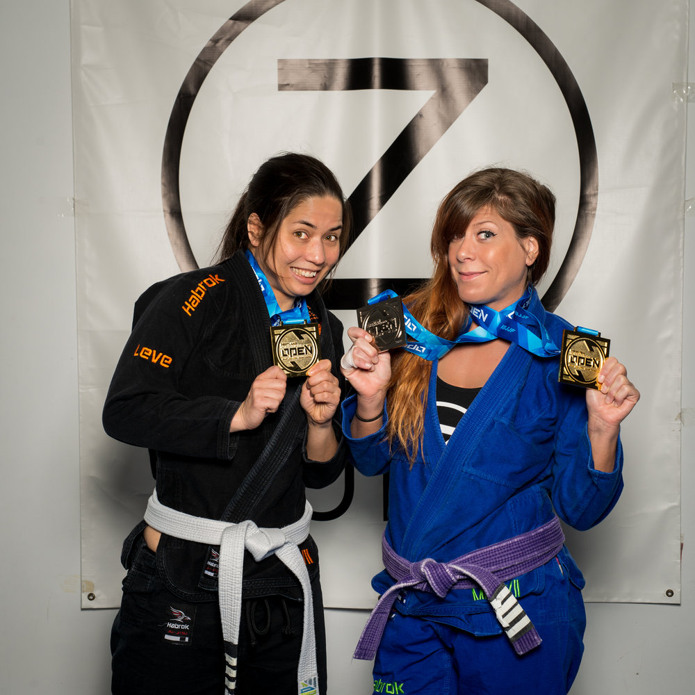 Momo And Lyndsie win IBJJF Gold.