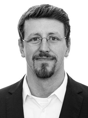 Julian Nowag