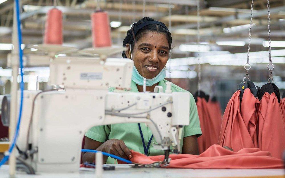 hoot-manufacturer-women-sewing