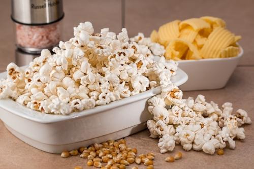 popcorn-731053_1920.jpg