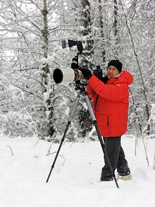 Photographing eagles in Alaska. Photo: John Obenaus