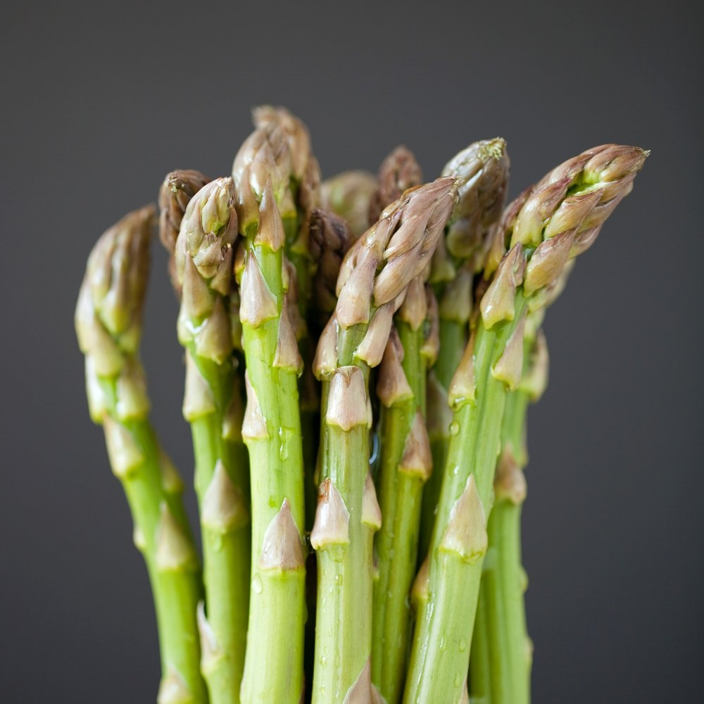 asparagus_on_grey.jpg