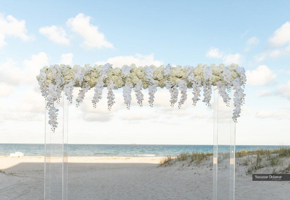 Seagate Beach Club__chuppah on the beach.jpg
