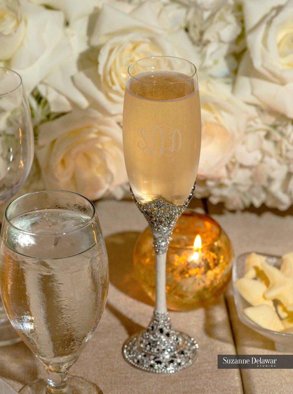 Seagate Beach Club__sweetheart table_champagne flute.jpg