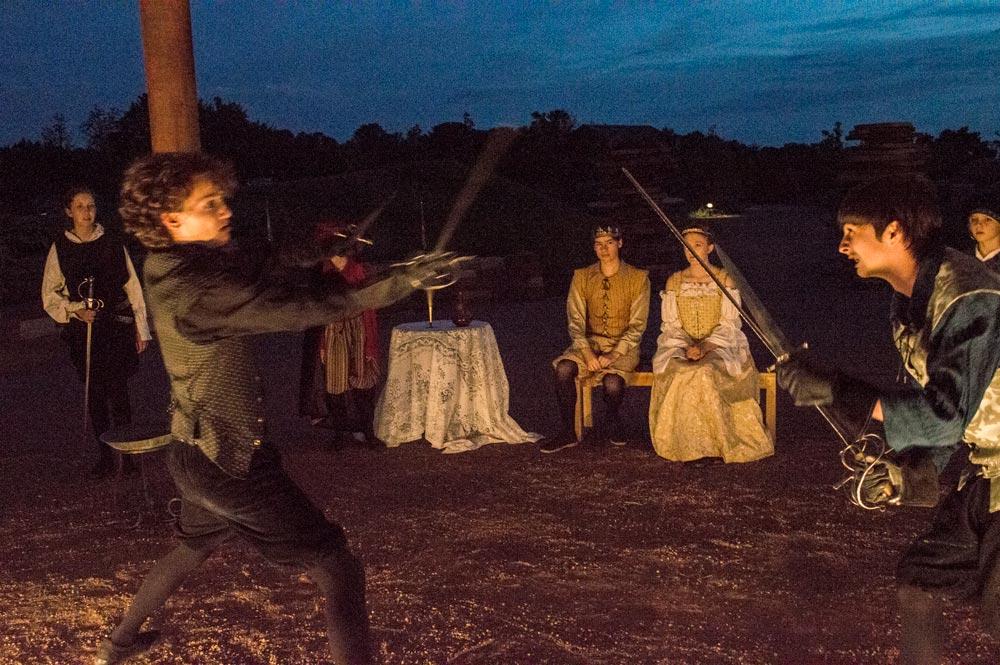 Hamlet-Liam:Sterling swords.jpg