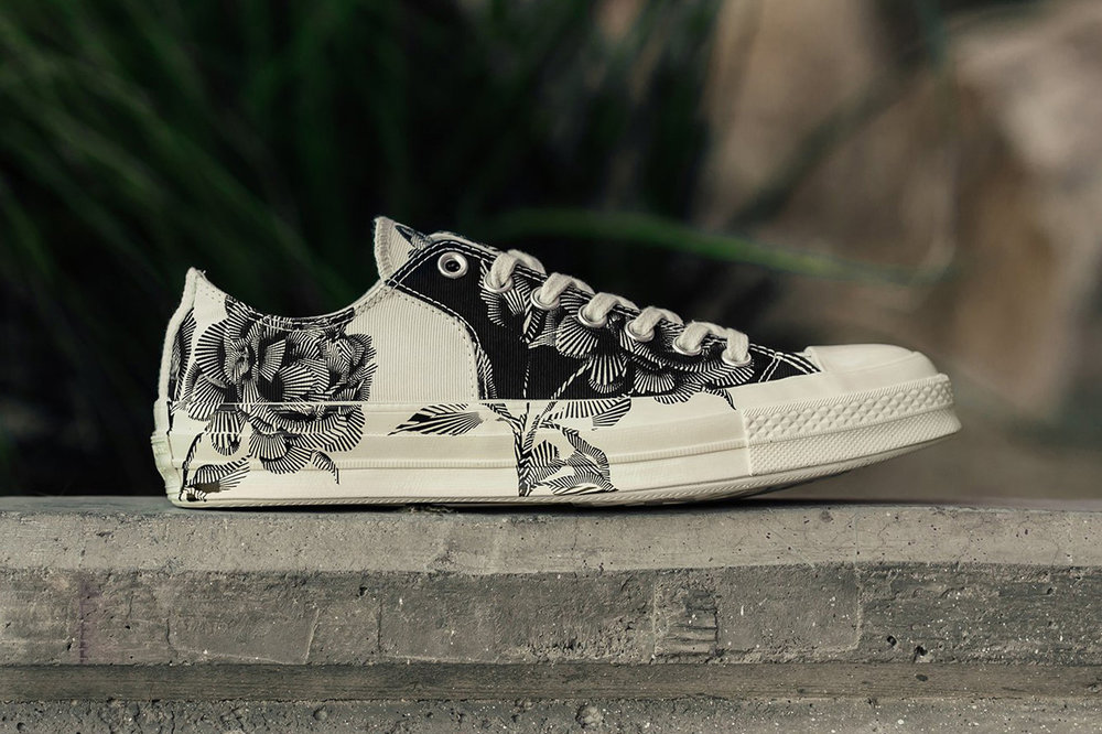 https---hypebeast.com-image-2018-06-converse-chuck-taylor-all-star-70-low-black-egret-floral-01.jpg