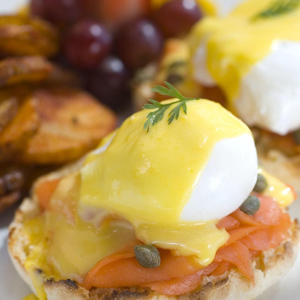 Eggs Benny 2.jpg