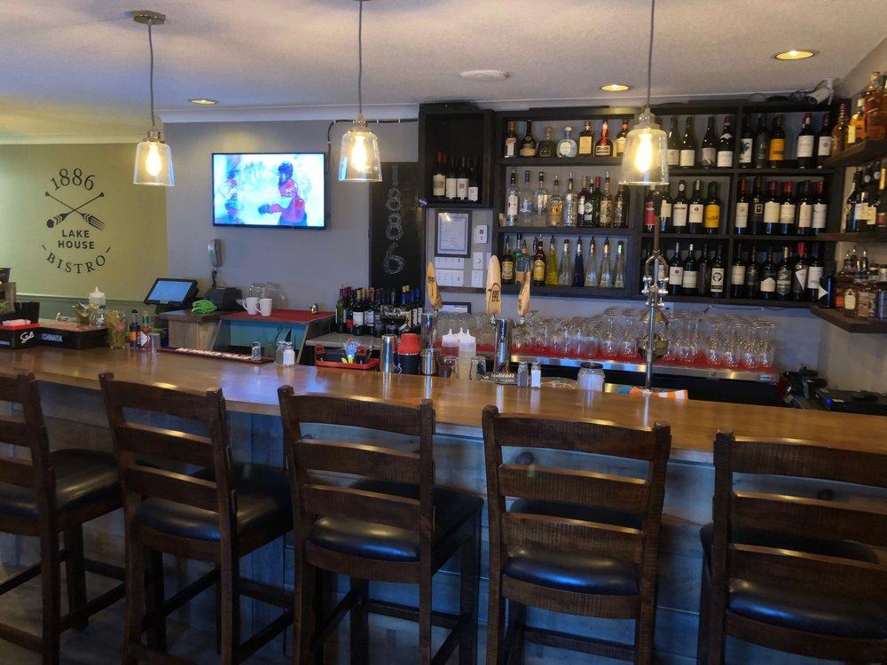 Bar Area 2.jpg