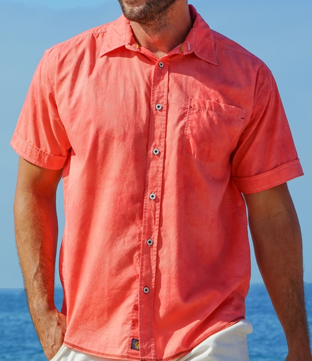 PETE HUNTINGTON  Each shirt is handcrafted and brilliantly styled; mixing modern and traditional designs with time-honored Batik process. Our 100% cotton shirts are made with quality and originality.The colorful and unique handcrafted Men's shirt collection offered by  Pete Huntington  Inc. is inspired by a techniques we have perfected as a textile manufacturer of quality hand dyed fabric in the home décor industry. Our 100% Cotton Lawn Premium shirts are inspired by nature, designed by renowned artisans in Bali.