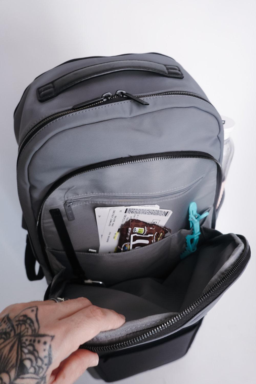 makeup suitcase cristina pilo-9.jpg
