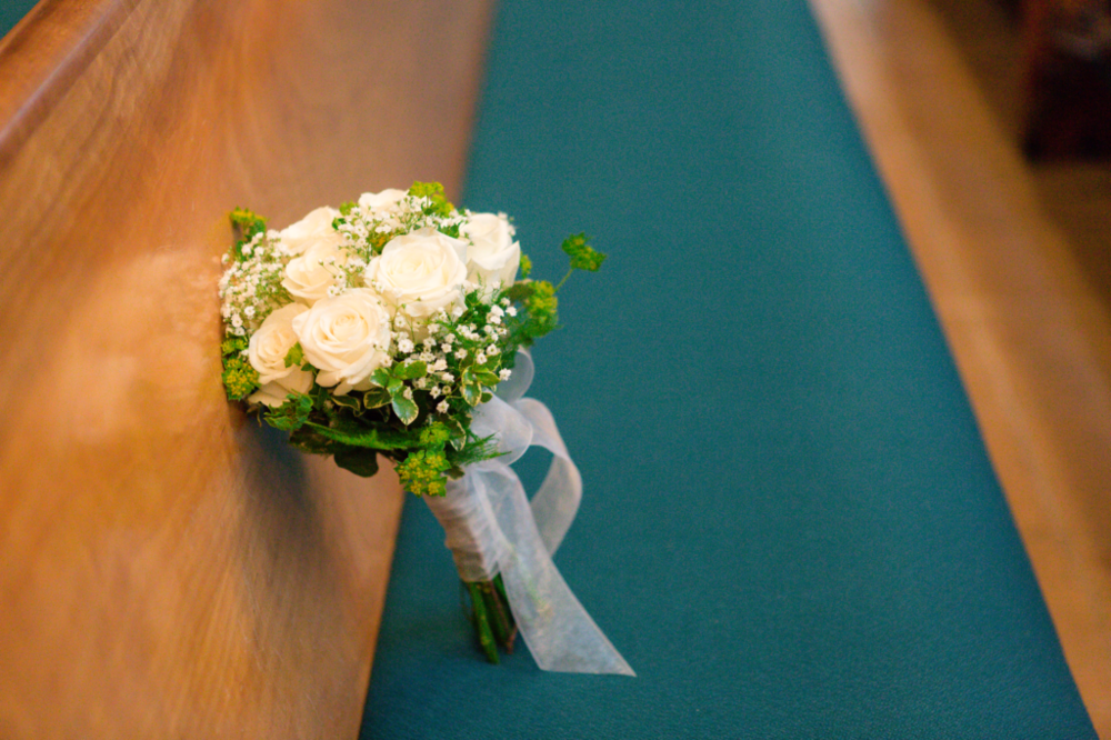 How to honor your loved deceased ones on your wedding day 2.png