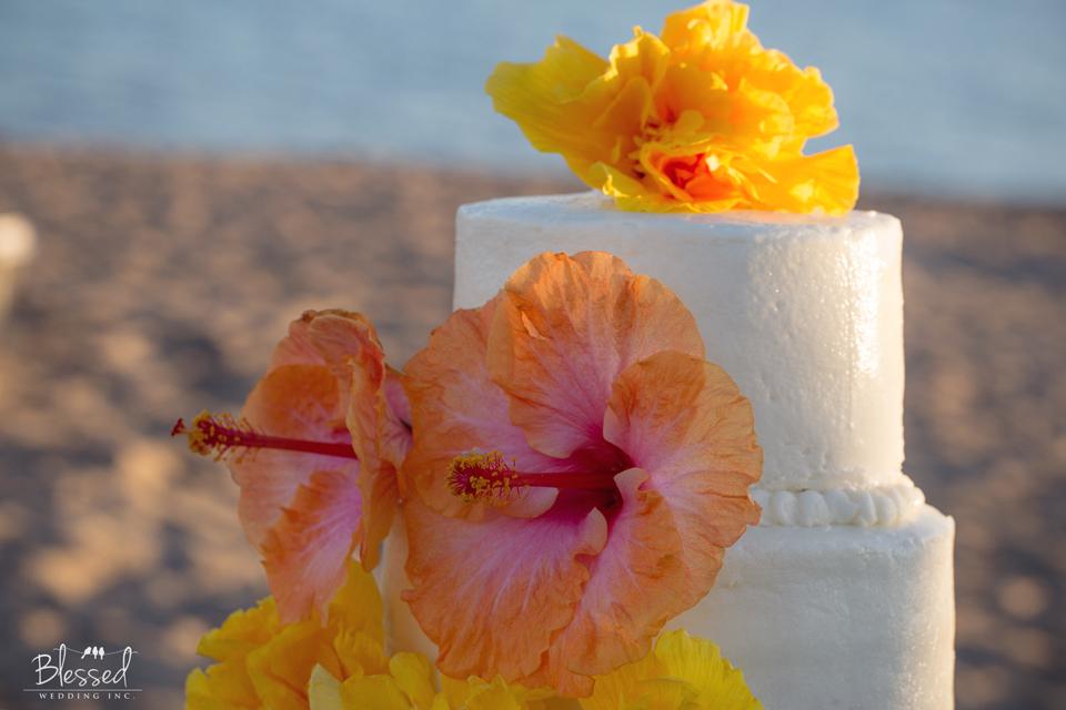Hawaiian Luau Wedding Photography