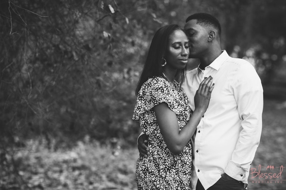 Marian Bear Park Engagement Session by Blessed Wedding Photography  (4 of 25).jpg