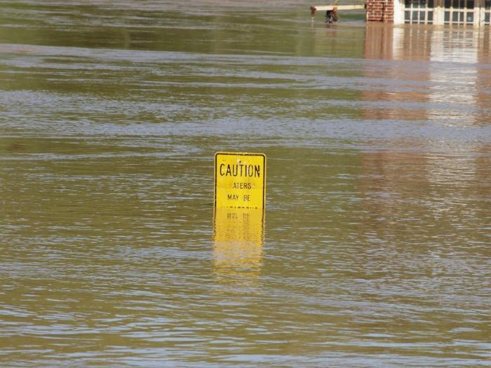 flood-17506_1920.jpg
