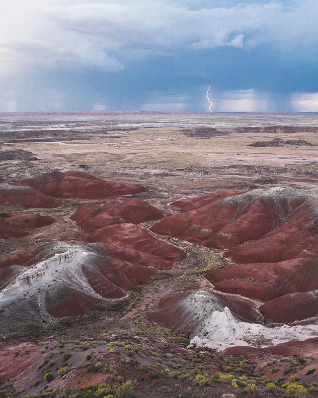 Desert storms 💕 Stumbled upon the Petrified Forest National Park in Arizona. I don't know about you guys but I had never heard of it before! It was beautiful and you need to go. #GetOutThere