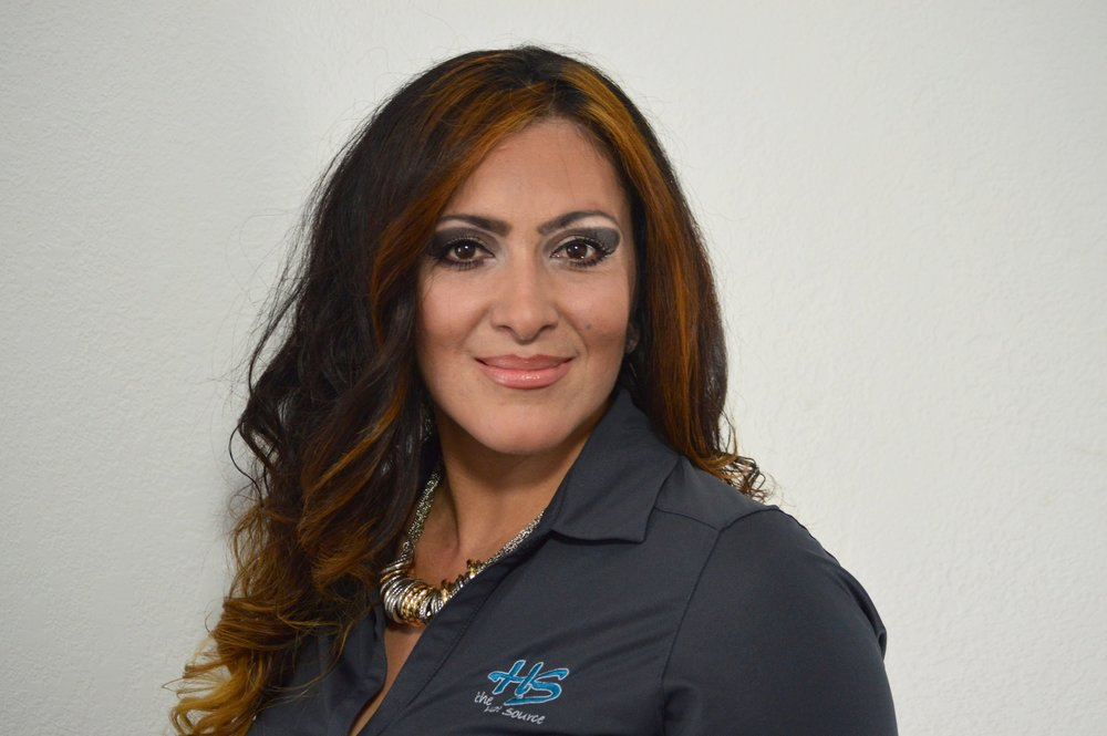 Zintia Guillen - Sales Representative