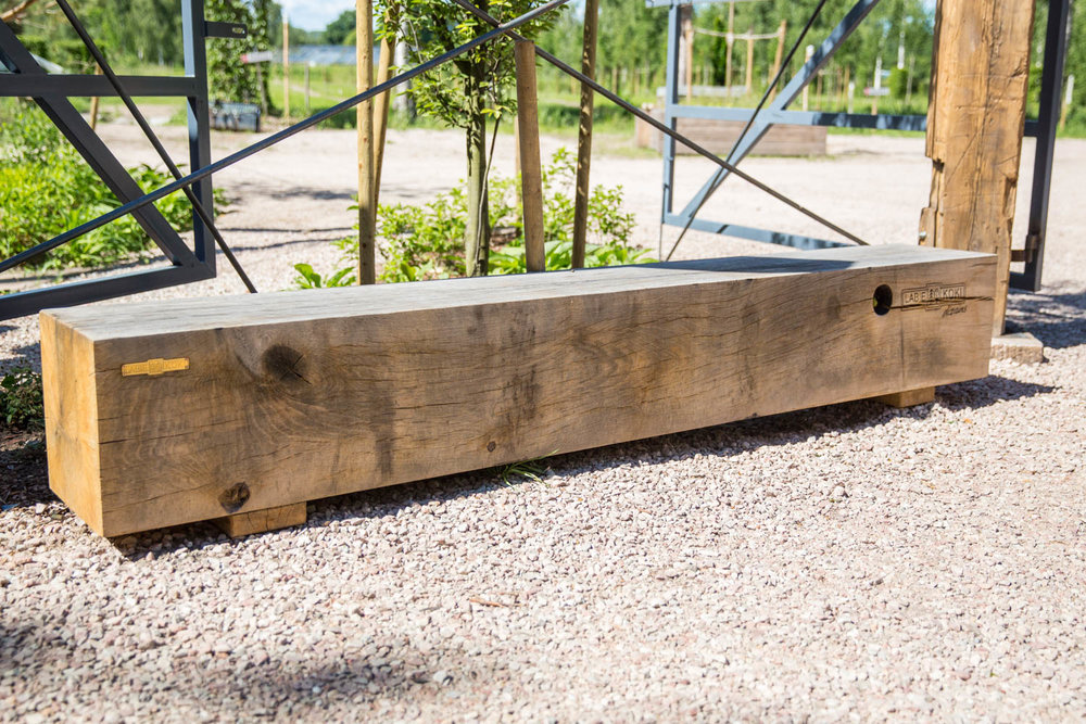 CUBE LOG BENCHES -