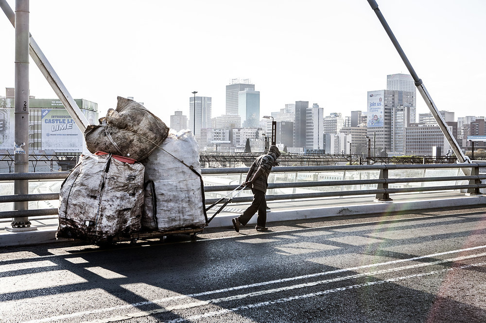 mark_lewis_waste_recyclers_johannesburg_bridge.jpg