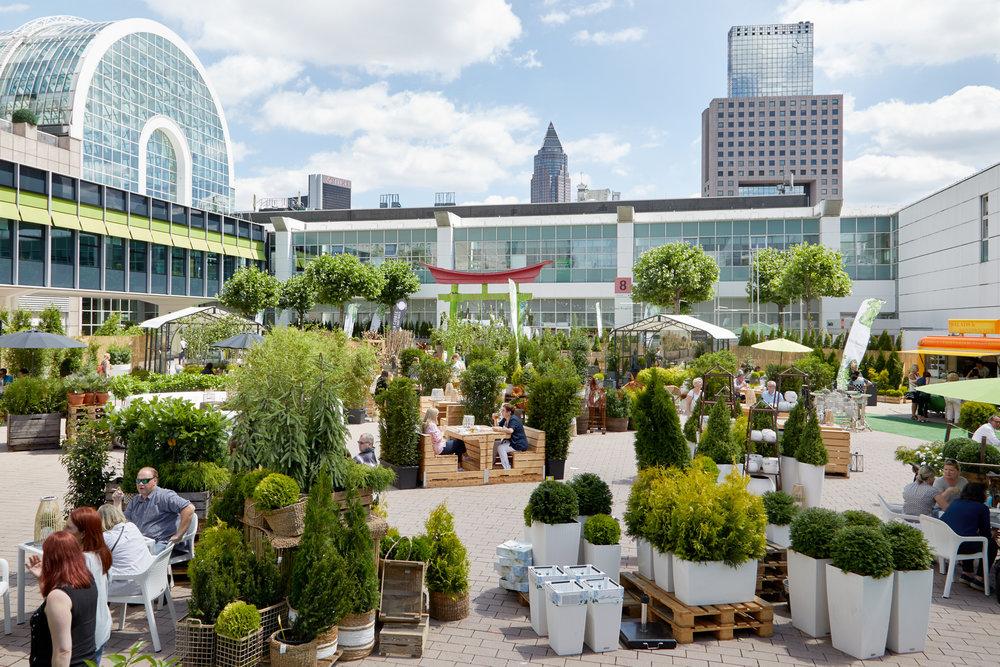 Outdoor Living Area nabídne venkovní nábytek a zahradnírostliny. Foto Messe Frankfurt Exhibition GmbH / Jean-Luc Valentin