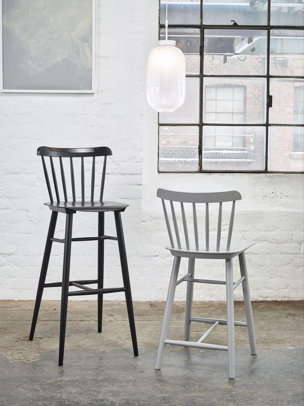 Barová židle Ironica ve vysoké a nízké variantě