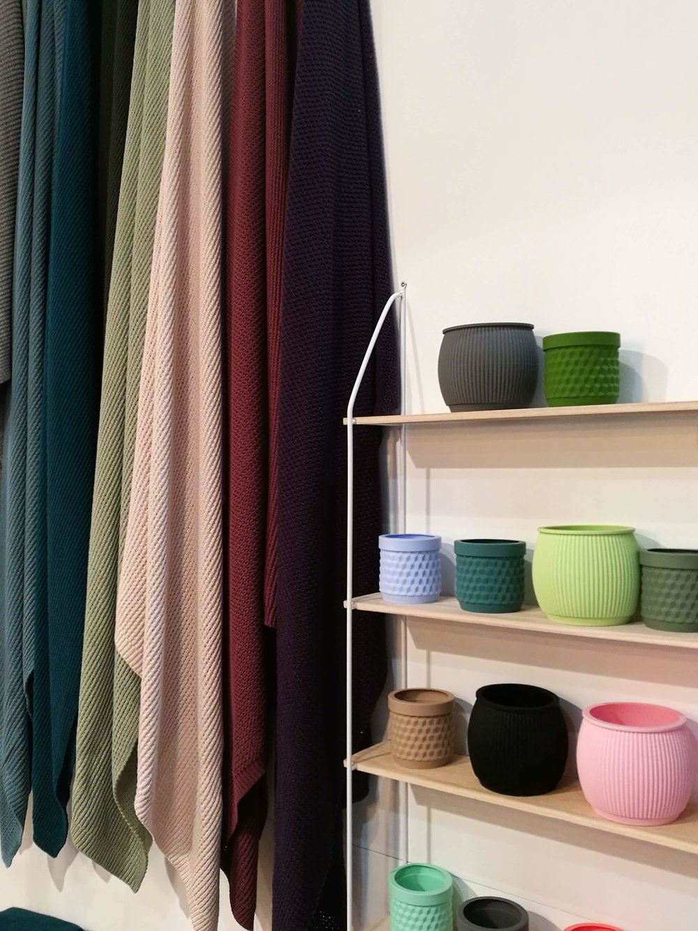 Living By Colors, Dánsko