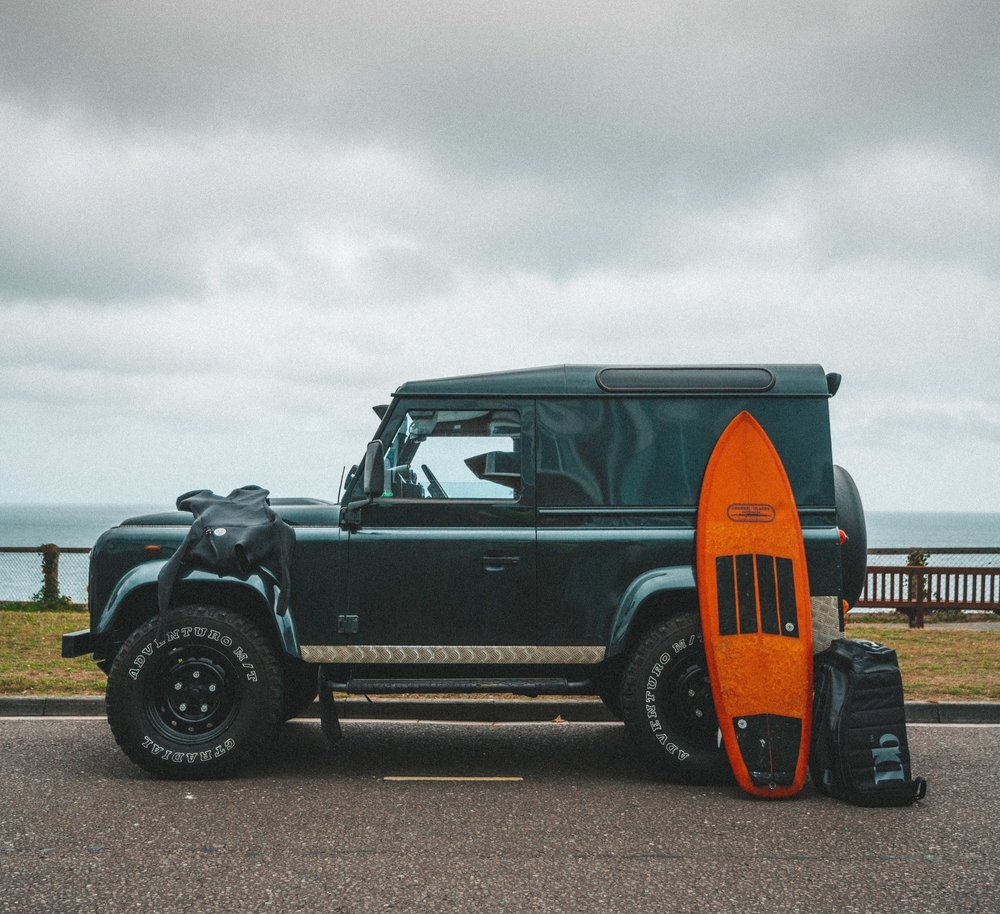 Land-rover-defender-surf-douchbags