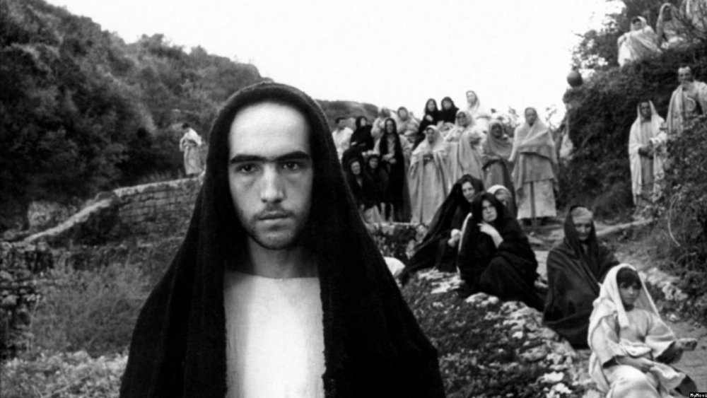 19-year-old Catalan trade unionist  Enrique Irazoqui  cast as Jesus in  Il Vangelo Secondo Matteo