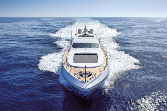 MANGUTSA 108 - Capacity: 12 | From €10000