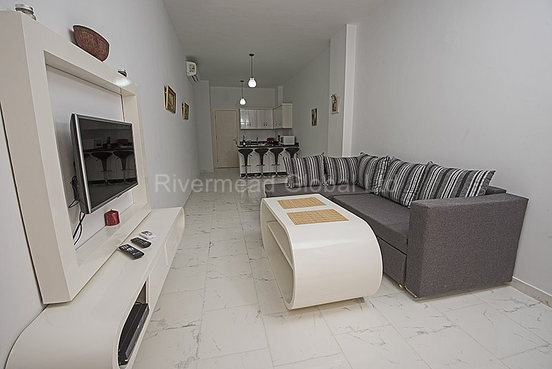 E2.8 Turtles Beach Resort 1 bed apartment furnished by Rivermead Global Oct 2018 (17).jpg
