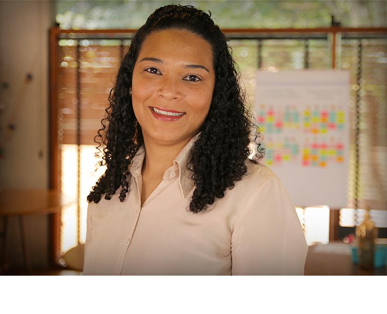 Aenes Moraes Moreira - Parceira Mudita, Mentora, Facilitadora e Coach.