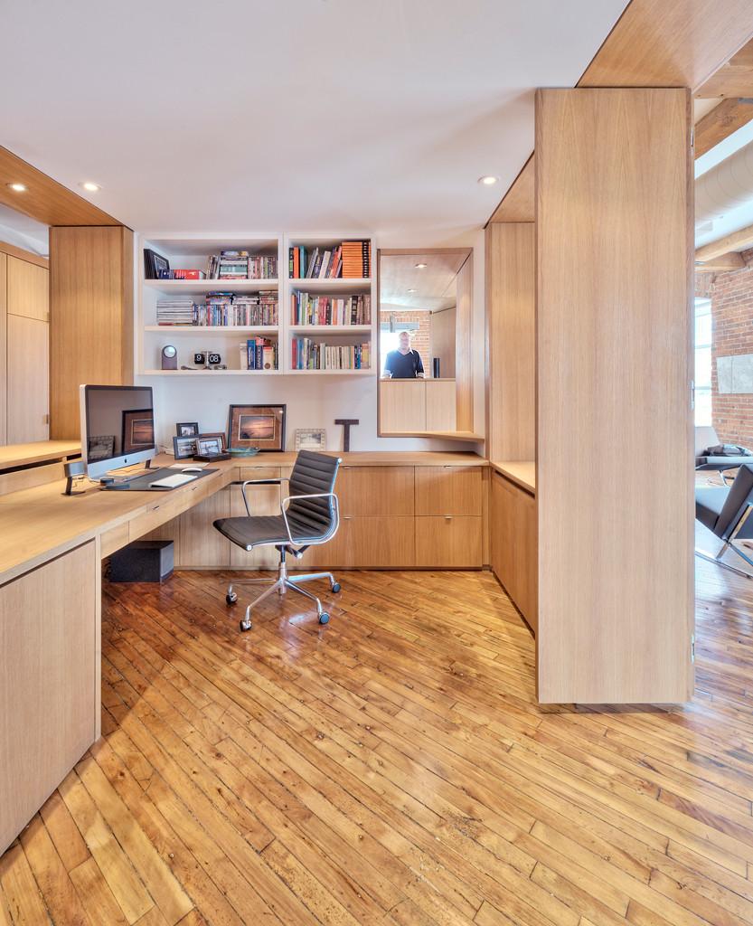Vessel Loft Master Office Space