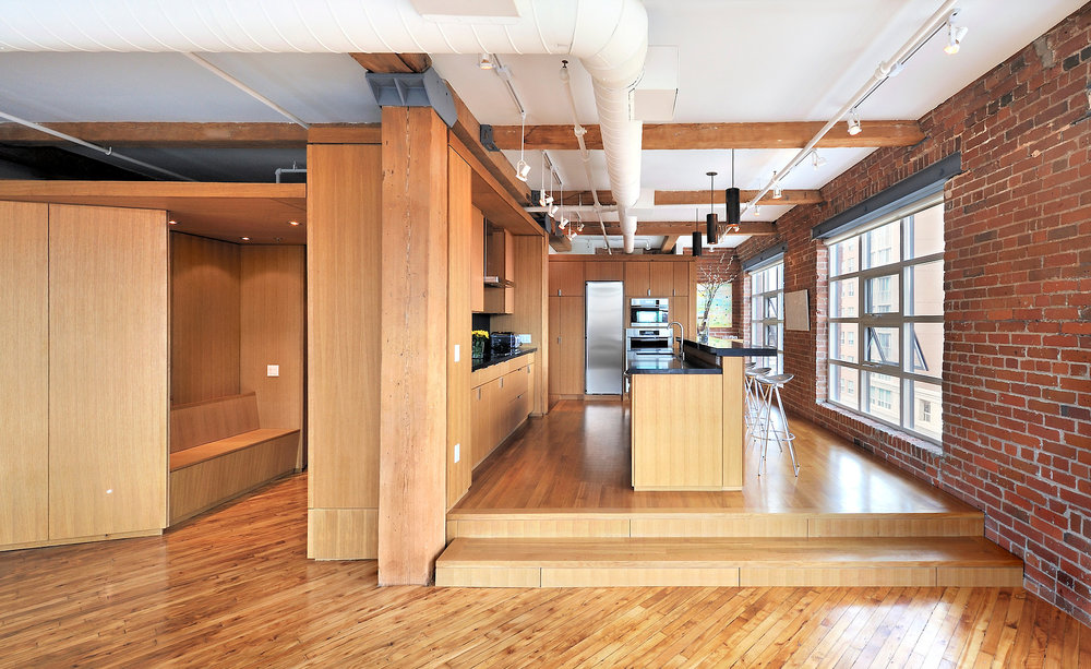 Vessel Loft Kitchen & Bar