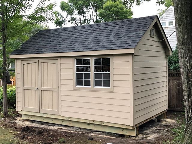 We just 💕 LOVE 💕 our Gable Deluxe model! So much storage potential and it looks great too 😊  #customsheds #craftsmanship #familyowned #minnesota #wisconsin