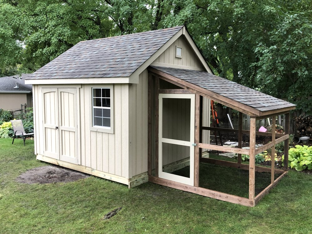 12x12 Deluxe Chicken Coop.jpeg